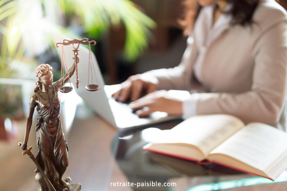Qui cotise à la caisse retraite avocats